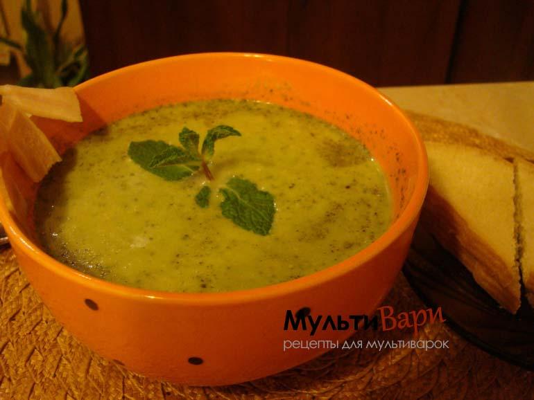 Крем-суп с зеленым горошком в мультиварке фото