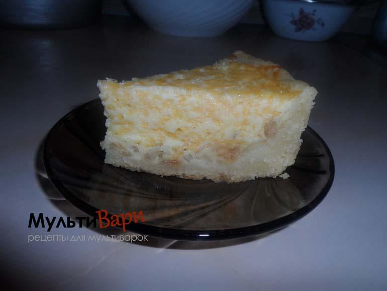 Открытый сырно-луковый пирог в мультиварке фото