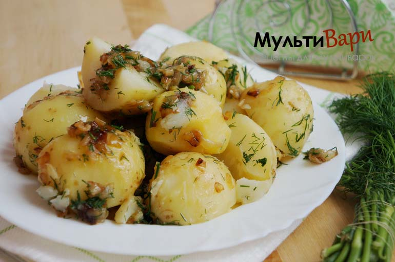 Картошка вареная в мультиварке фото