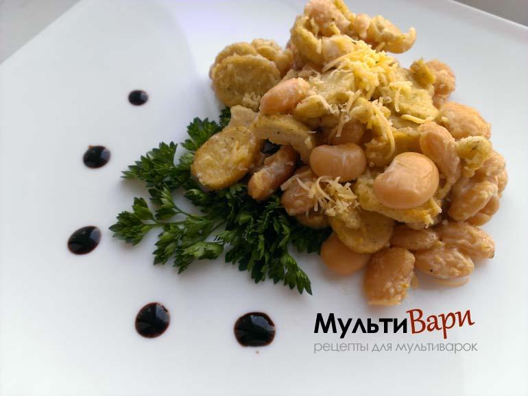Салат с сухариками и фасолью фото